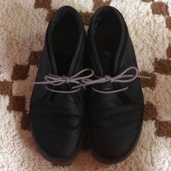 7d34b6446d08 Chaco Shoes - Chaco women black pineland chukka boot size 9.5